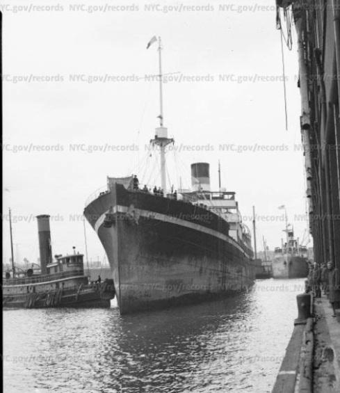 0aaashipdockinggowanuseriebasin1940