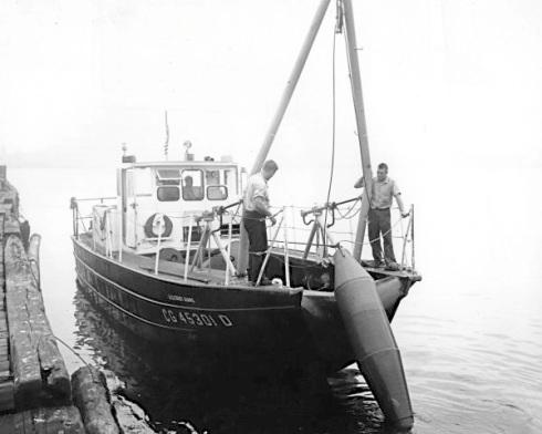 45-FootBuoyBoat_600-3