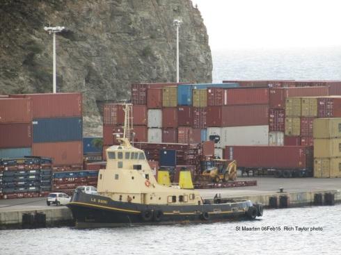 0aaaapp12LA DANI St Maartens 020615 -  sc-2