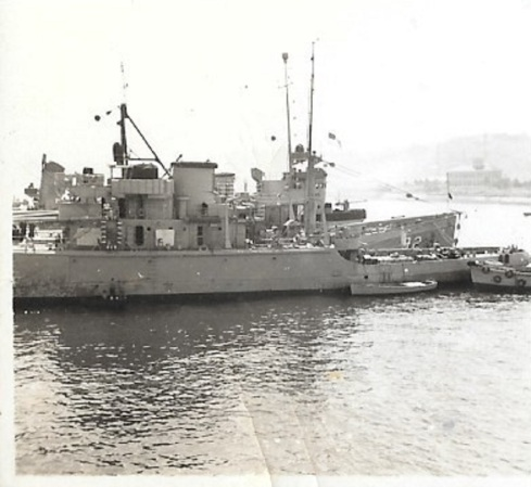 0aa5Naval tugs Yokosuka Japan 1954