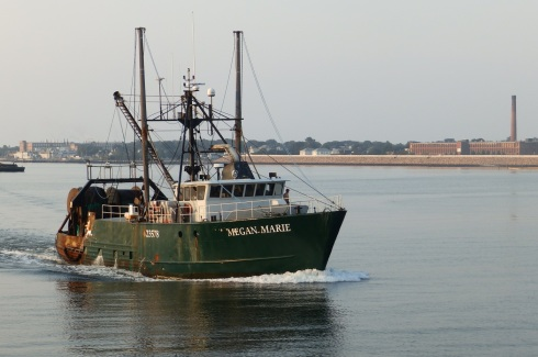 Ports of the acushnet tugster a waterblog for Hurricane fishing fleet
