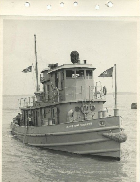 bt3DPC TUG BUILT BY CORPS DESIGN CTR. 1
