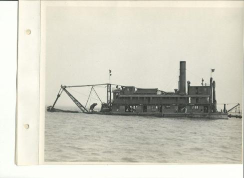 USACE PIPE LINE DREDGE GILLESPIE BUILT 1915